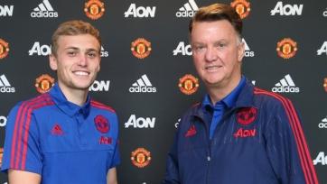 Официально: Джеймс Уилсон продлил контракт с «Манчестер Юнайтед»