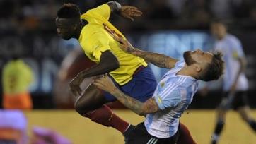 Аргентина проигрывает Эквадору и теряет Агуэро