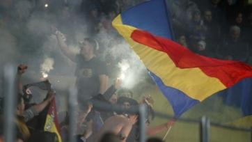 Федерация футбола Молдовы извинилась за поведение фанатов