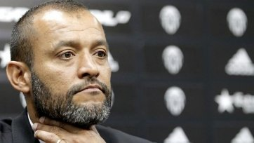 Главный тренер «Валенсии» может остаться без работы