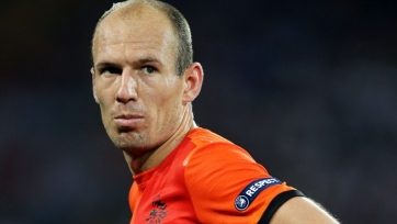 Роббен: «Нужно обыгрывать Чехию и надеяться на осечку турецкой сборной»