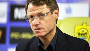 Олег Кононов считает, что арбитр не назначил два стопроцентных пенальти