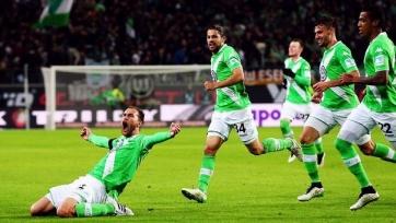Голы Крузе и Доста принесли «Вольфсбургу» победу над ПСВ