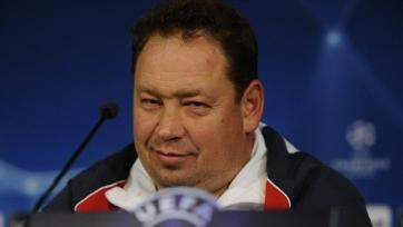Слуцкий будет совмещать посты в клубе и сборной до следующего лета?