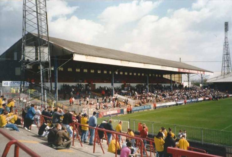 10 стадионов Англии, которых больше нет