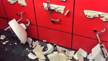 Фанаты «Тоттенхэма» нанесли урон имуществу стадиона «Эмирейтс»