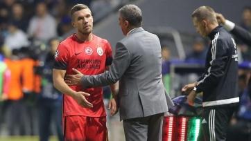 Подольски шокирован уходом Нирсбаха с поста главы DFB