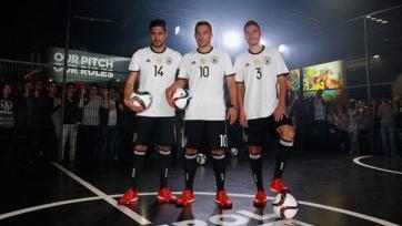 Сборная Германии презентовала форму, в которой сыграет на Чемпионате Европы 2016