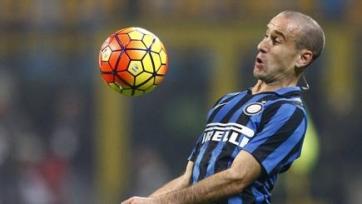«Интер» хочет продлить контракты с Нагатомо и Паласио