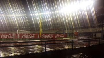 Матч между Аргентиной и Бразилией отложен из-за сильного ливня