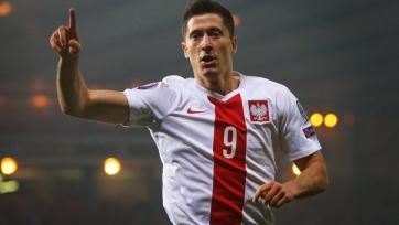 Дубль Левандовского принёс Польше победу над исландцами