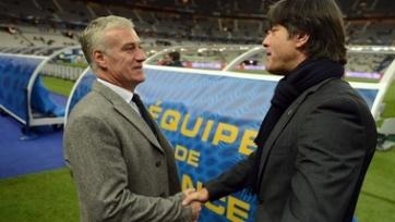 Йоахим Лёв и Дидье Дешам не стали говорить игрокам о происходящем в Париже, хотя были осведомлены