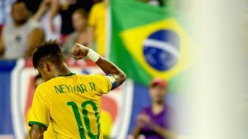 Арбитр матча Бразилия — Перу отказался брать футболку Неймара (видео)