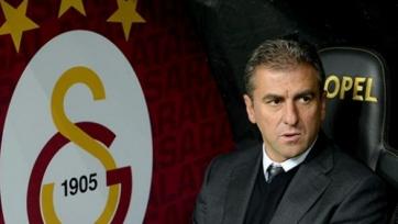 Официально: «Галатасарай» остался без главного тренера