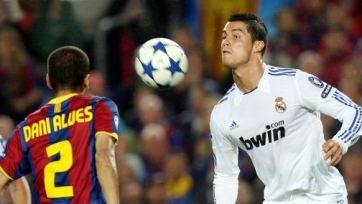 Алвес: «Роналду должен уметь брать ответственность на себя»