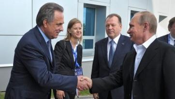 Владимир Путин поздравил Мутко с днём рождения, подарив ему англо-русский разговорник
