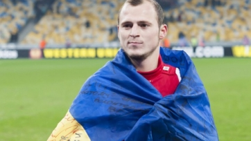Зозуля выставил на аукцион медаль финалиста Лиги Европы