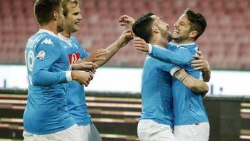 «Наполи» разгромил «Верону», выйдя в четвертьфинал Кубка Италии