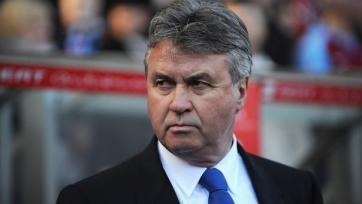 Хиддинк уже прилетел в Лондон на переговоры с руководством «Челси»