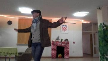 Синиша Михайлович в родной школе