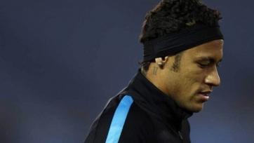 «Барселона» не хочет платить «Сантонсу» два миллиона евро за попадание Неймара в число претендентов на «Золотой мяч»