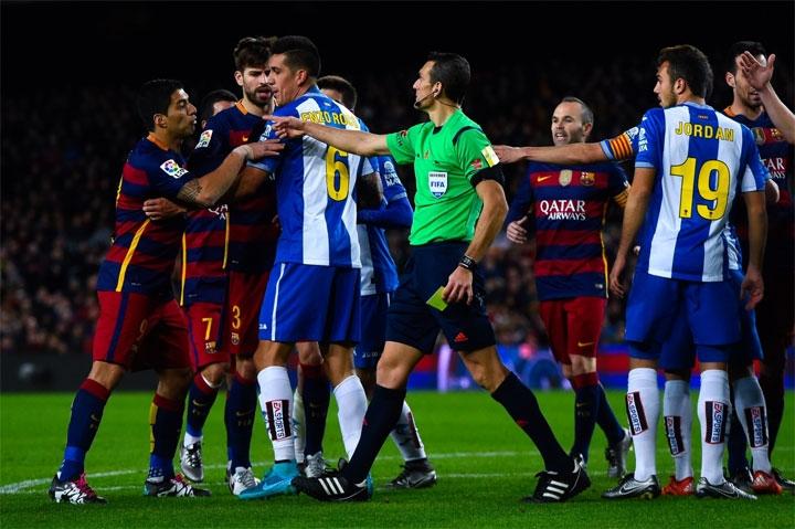 Точка кипения. Как матч «Барселона» – «Эспаньол» вспомнил, что он – дерби