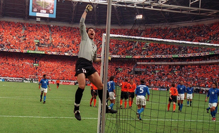 Амстердамский кошмар. Полуфинал Евро-2000 Голландия – Италия