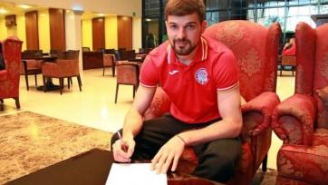 Официально: Давид Дзахов — снова игрок «Амкара»