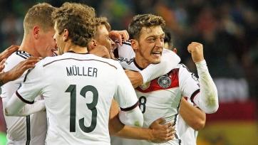 Месут Озил — лучший игрок сборной Германии в 2015-м году