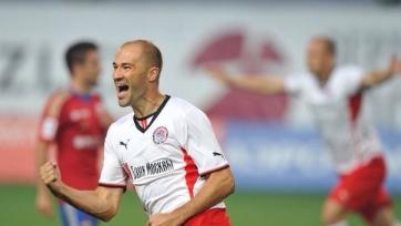 Официально: Пеев стал играющим тренером «Амкара»