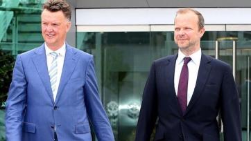Руководство «МЮ» вновь выразит поддержку Луи ван Гаалу?