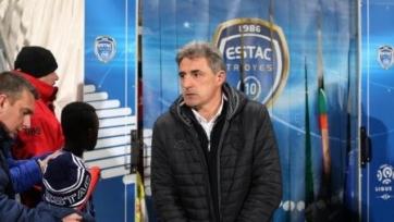 Официально: Клод Робен больше не является главным тренером «Труа»
