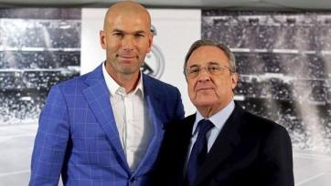«Реал» переподписал контракт с Зиданом на улучшенных условиях