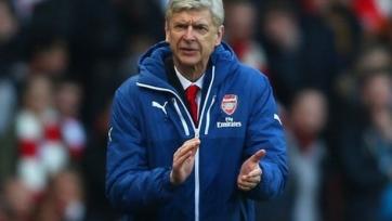 Венгер: «Лестер» доказывает нам, что деньги в футболе – не главное»