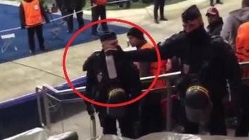 Болельщики «Челси» возмущены использованием слезоточивого газа со стороны французской полиции
