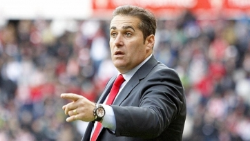 «Гранада» осталась без тренера