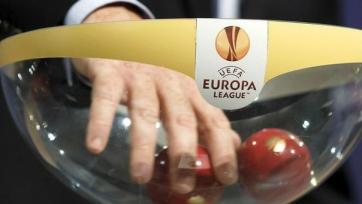 Результаты жеребьёвки 1/8 финала Лиги Европы. «Ливерпуль» попал на «МЮ»