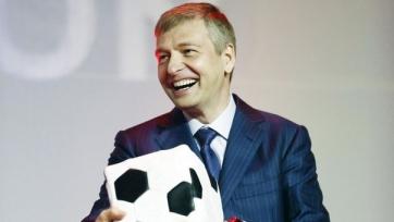 Владелец «Монако» собирается выкупить часть акций «Рединга»