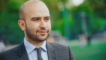 Арустамян: «Перед назначением Якина, Федун провёл встречу с Конте»
