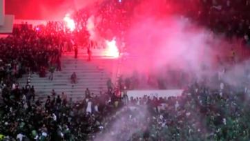 Сотни человек пострадали в результате драки между фанатами «Раджа Касабланка», двое погибли