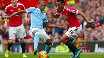 Стали известны стартовые составы «Манчестер Сити» и «Манчестер Юнайтед»