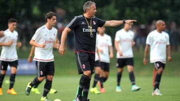 Синиша Михайлович останется в «Милане» минимум до конца сезона