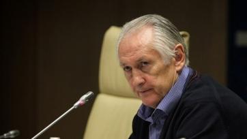 Фоменко объяснил отсутствие в сборной Селезнёва и Зинченко