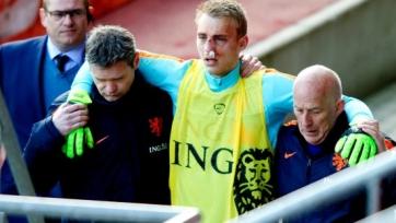 Яспер Силлессен из-за перелома носа против Англии не сыграет