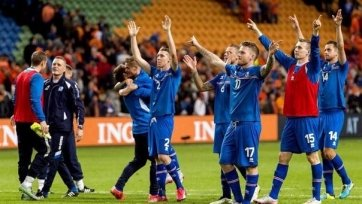 Исландцы совершили камбэк в дуэли с греками