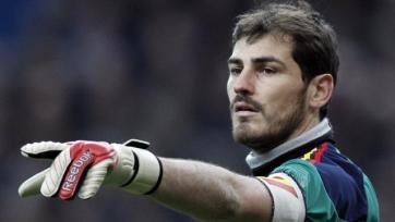Икер Касильяс настроен играть в Португалии