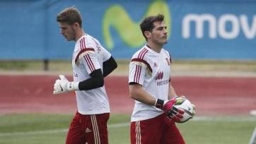 Дель Боске: «Сейчас не время говорить, кто займёт место в воротах на Евро-2016»