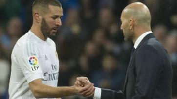 Карим Бензема уверен, что Зидану следует остаться у руля «Реала»