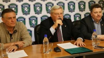 Валерий Петраков был представлен футболистам «Томи»
