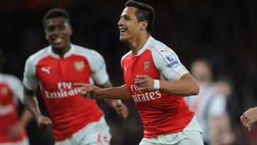 Дубль Санчеса принёс «Арсеналу» победу в отложенном матче тридцатого тура